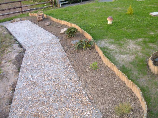 Planter une pelouse gallery of une pelouse autour de la - Semer une pelouse ...