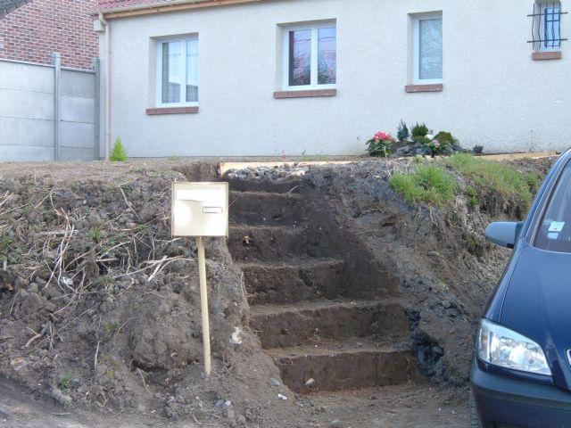2009 mars 19 la construction de notre maison for Construction escalier exterieur beton